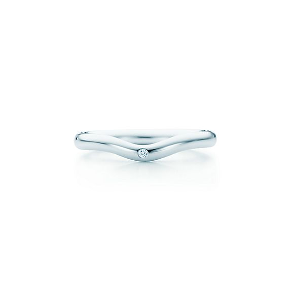 Elsa Peretti wedding band ring with a diamond in platinum 2 mm
