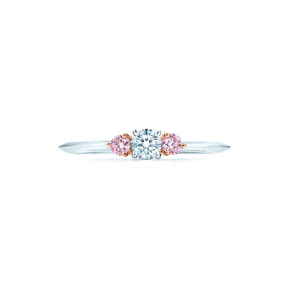 new concept a1a55 f96ec 愛され女子にぴったり、幸福の象徴「ピンクダイヤ」の婚約指輪 ...
