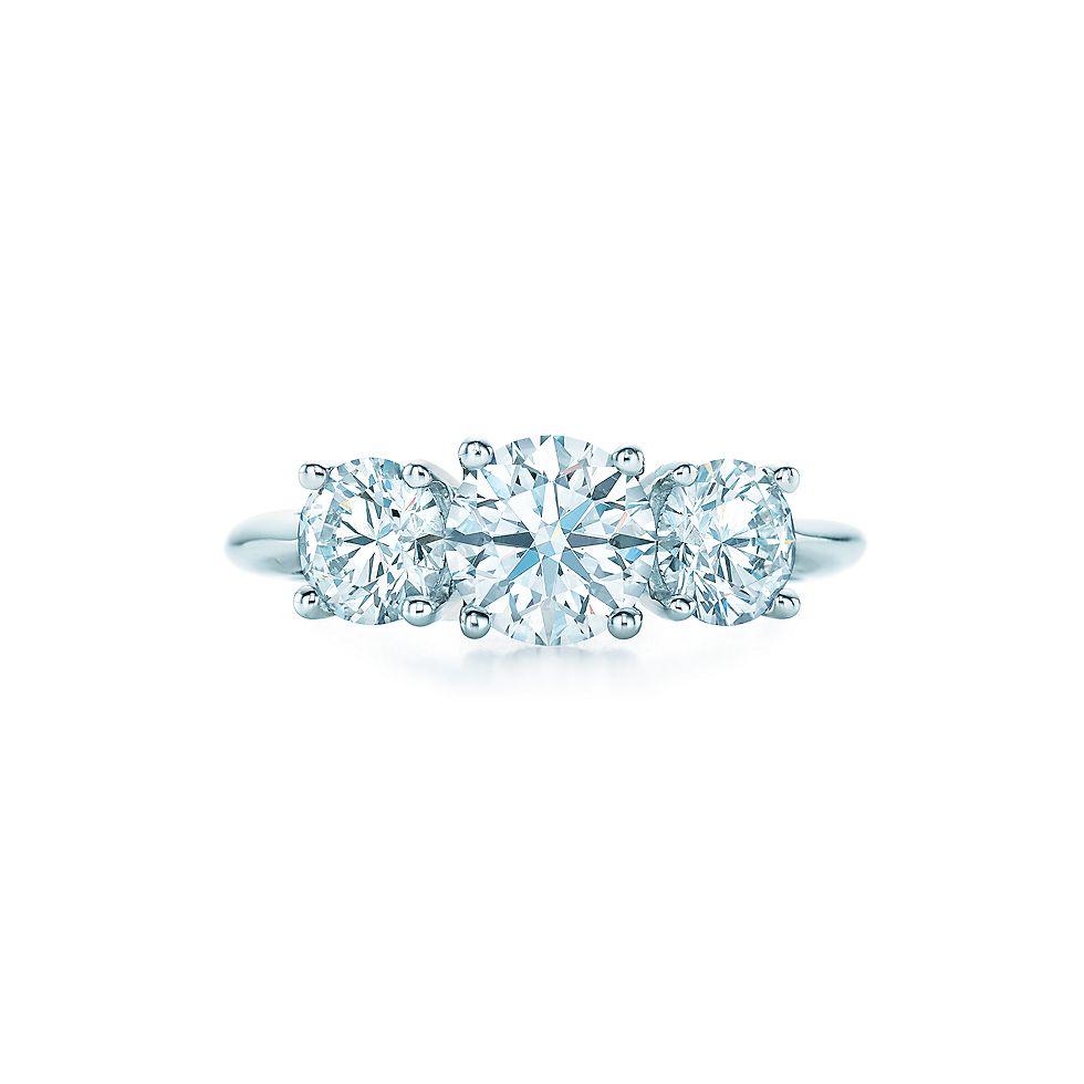 Round Brilliant Three Stone Verlobungsringe Tiffany Co