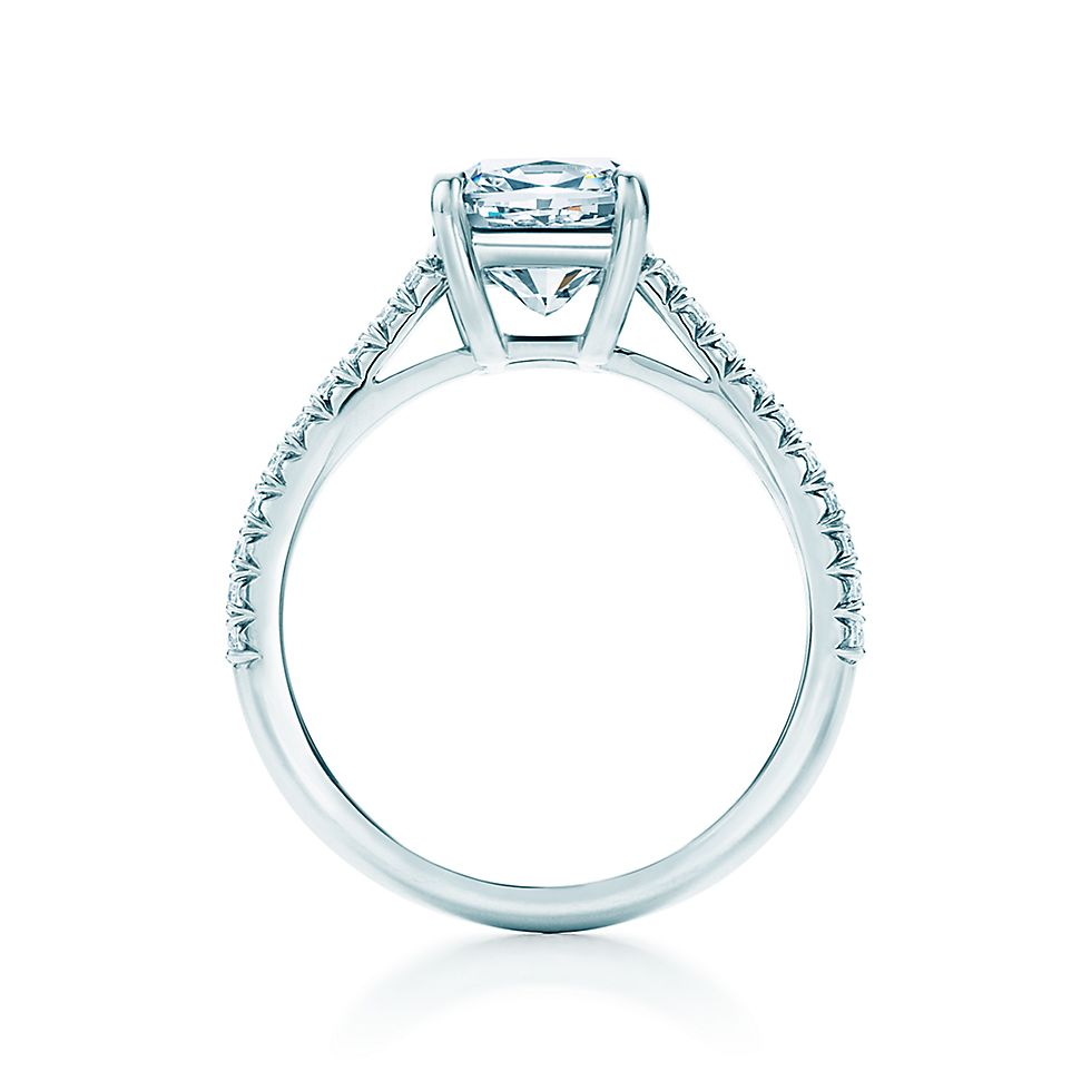 Tiffany Novo Cushion Cut With Platinum Pave Set Band En Ement Rings Tiffany Co