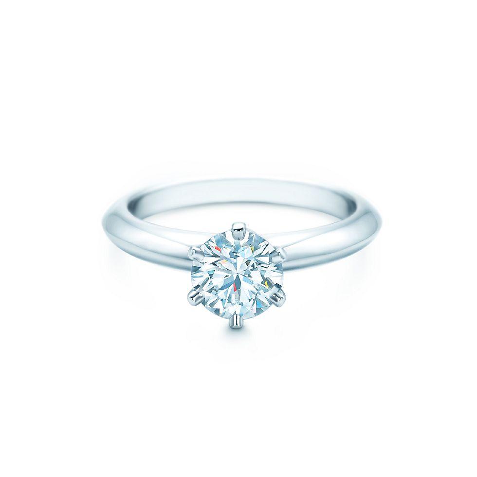 Tiffany® Setting Кольца для помолвки   Tiffany   Co. b1f1ad4ef7a