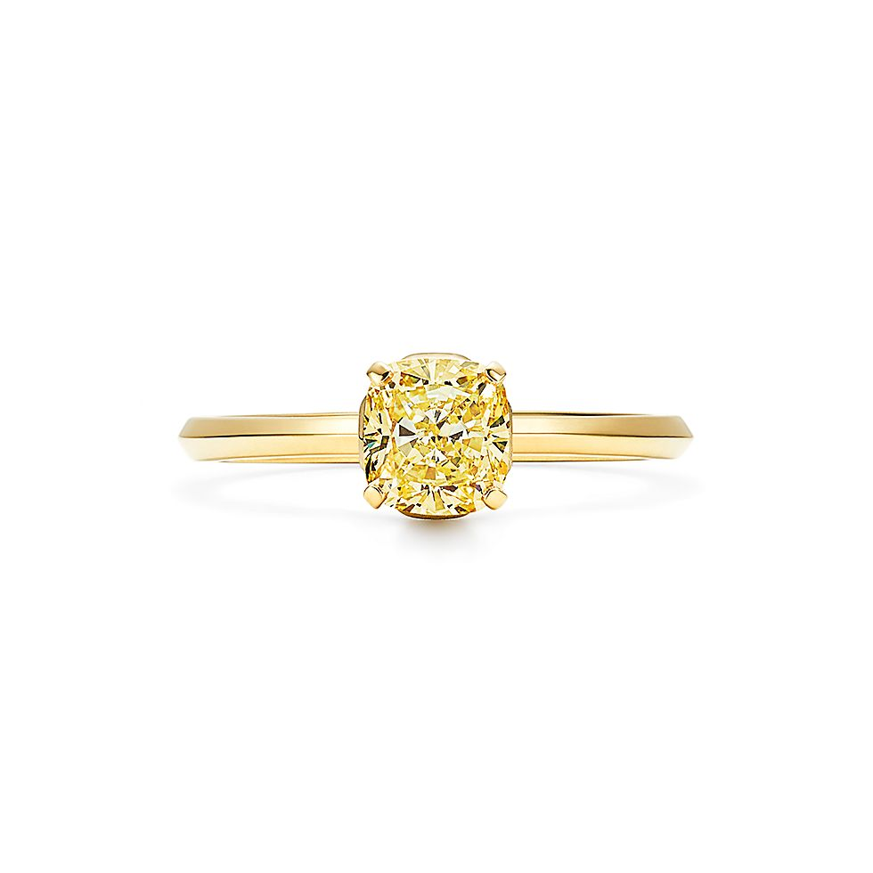 to wear - Diamond yellow engagement rings yellow gold video