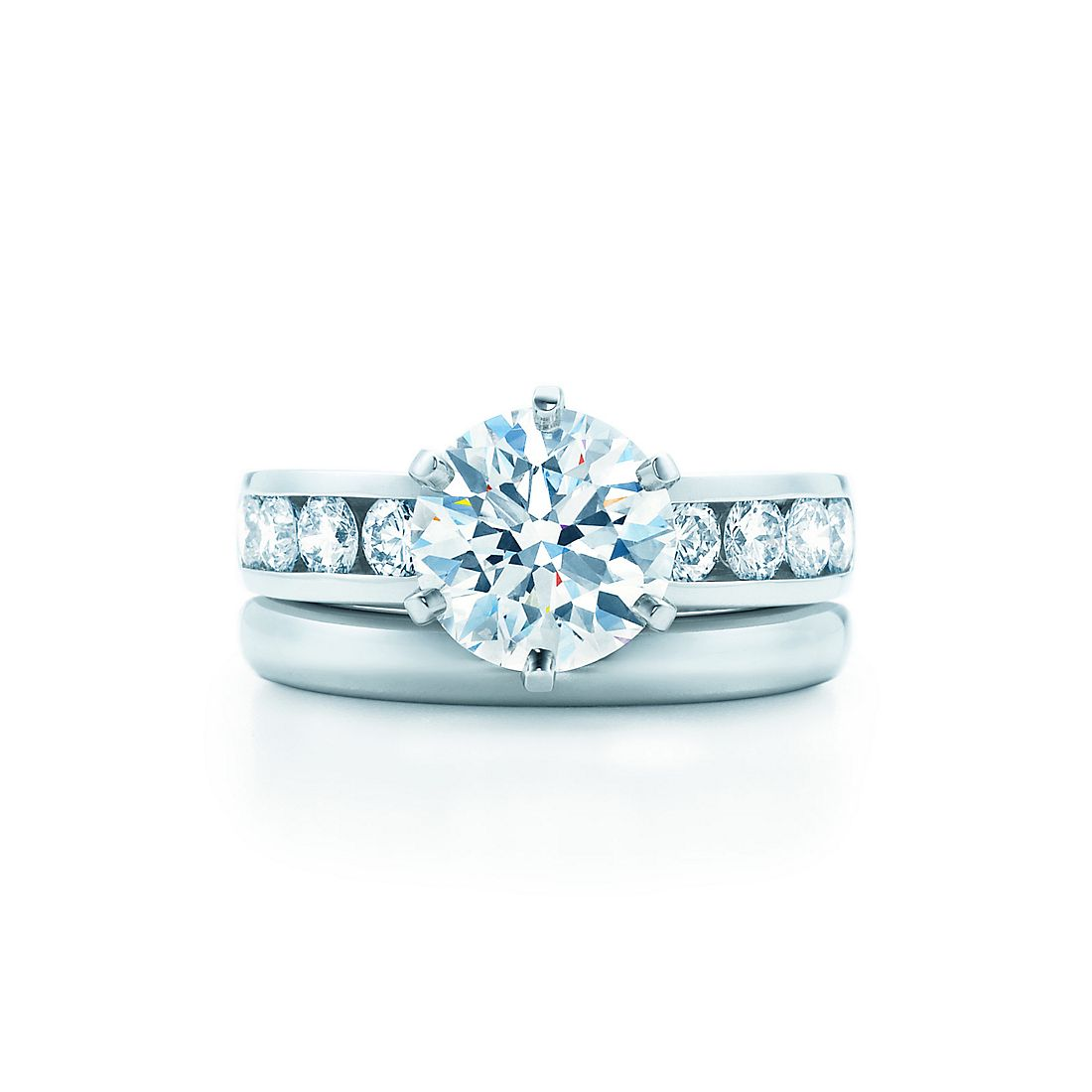 ring princess claw uk cut style diamond side lucida solitaire product engagement lucia view