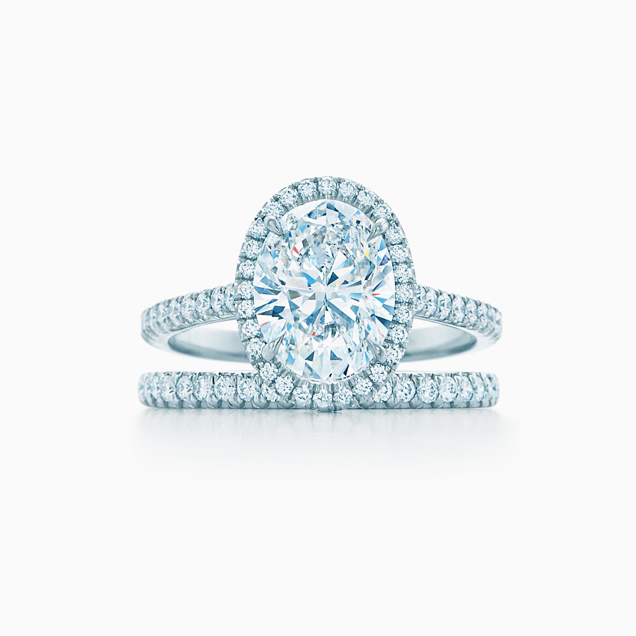 Tiffany Soleste 174 Oval Halo Engagement Ring With A Diamond