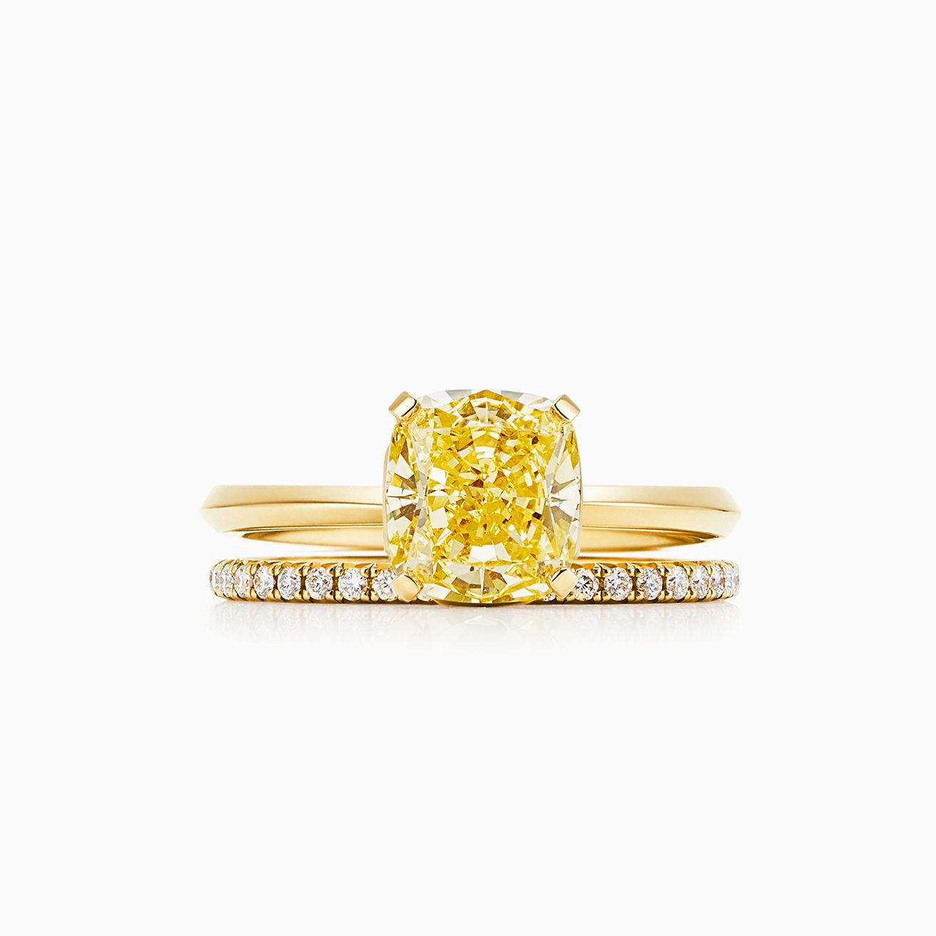 000067ef9f3e95 Click the wedding bands below to see how each pairs with your engagement  ring.